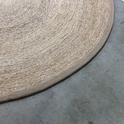 NEW: Silver Jute Round Rug With Olive Border 2.50 Diameter