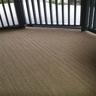 Herringbone Seagrass with Hessian Border